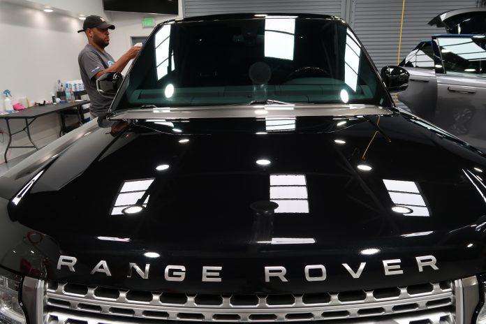ceramic paint coating Range Rover
